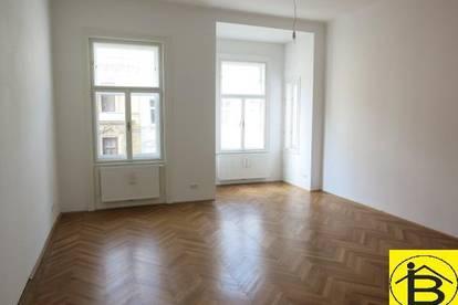 13589 - Vierzimmer Altbauwohnung