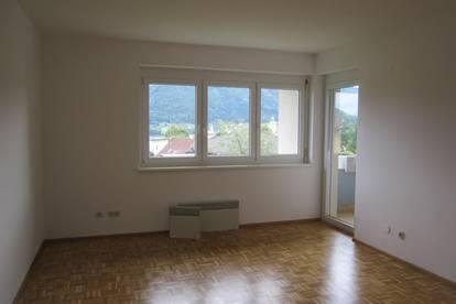 Familie gesucht - 4 Zimmer-Maisonettenwohnung in Bodensdorf - provisionsfrei !