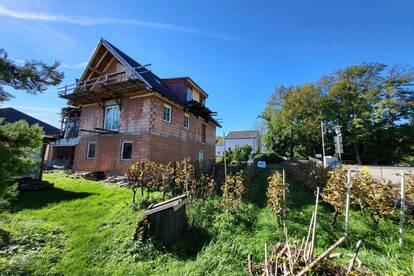 ROHBAU ** Mehrfamilienhaus - Wohnen und arbeiten? ** 303 m² Wohnfläche auf 930 m² Grund - INDOOR-POOL ** ROHBAU