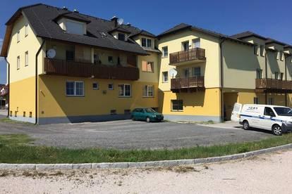 ++ 1 - Zimmer Wohnung in Sooß // ab sofort ++