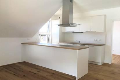Moderne Dachgeschosswohnung inkl. Einbauküche - ERSTBEZUG - Top A12