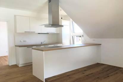 WG-taugliche Dachgeschosswohnung inkl. Einbauküche - ERSTBEZUG - Top B08