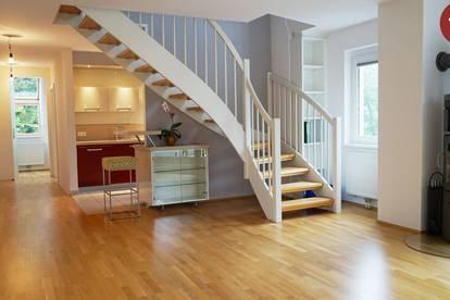 Luxus-Dachgeschosswohnung in Grünruhelage