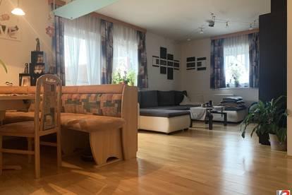 Neumarkt am Wallersee I Familienhit! 4-Zimmer-Dachgeschoss-Maisonette