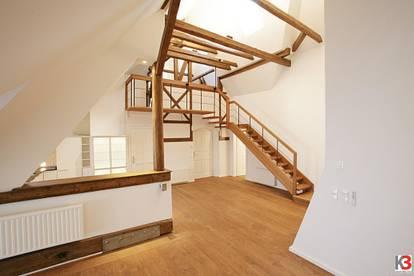 Luxuriöse 4-Zimmer Dachwohnung mit Seeblick