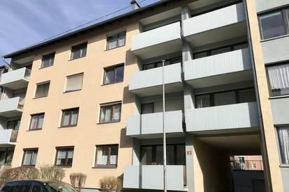 ++ 32 m² Wohnung im Stadtzentrum mit neuer Küche ++
