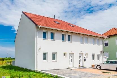 Doppelhaus-Hälfte in Seyring, Erstbezug