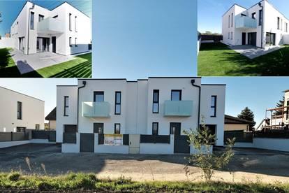 ZWEIFAMILIENHAUS mit 338 m² WOHNNUTZFLÄCHE - 10 Zimmer - 2 GARAGEN + 4 Stellplätze