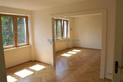 Frisch renovierte, charmante Altbauwohnung in zentraler Lage in Bregenz!