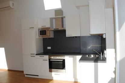 Provisionsfrei - Dachgeschosswohnung im Grünen Top17