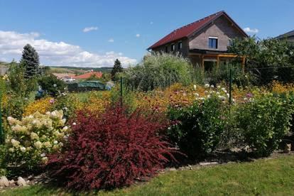 ** Einfamilienhaus im nördlichen Niederösterreich ** Garten, Garage, uvm.