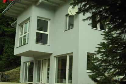 Viktring Neubau bezugsfertig inkl. Garagen, Carport und Wald