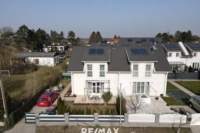 Wunderschöne Doppelhaushälfte mit kleinem Garten - OPEN HOUSE AM 20.3. AB 10 UHR