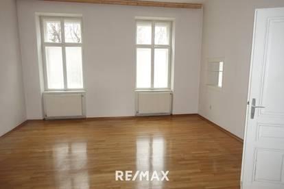 Toplage: Büro auch als Wohnung geeignet