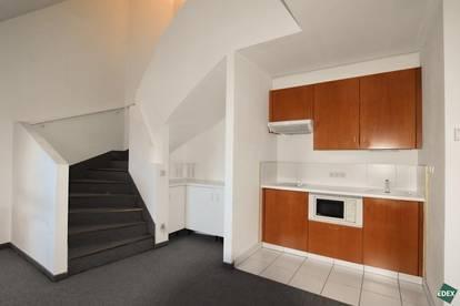 Freundliche 2-Zimmer-Dachgeschoss Maisonette mit Terrasse nähe Augarten
