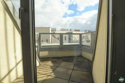 Unbefristet! Schöne 4-Zimmer-Wohnung mit Balkon am Liechtensteinpark