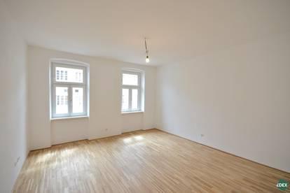 Komplett sanierte 2-Zimmer-Altbauwohnung - auch als Praxis oder Büro geeignet