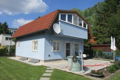 Kleingartenhaus am Anninger mit unverbaubarem Fernblick