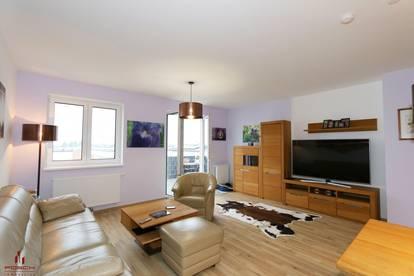 Helle, wunderschöne und ruhig gelegene Dachgeschoß Neubauwohnung mit Fernblick, Lift, Garage