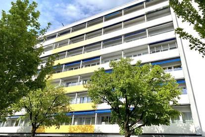 Über den Dächern von Wels - Sanierungsbedürftige 4-Zimmer-Wohnung im Zentrum