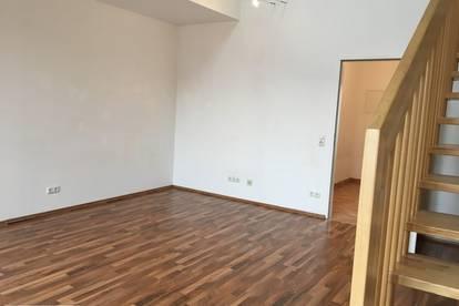 2-Zimmer-Galerie-Wohnung mit 2 Terrassen und Parkplatz