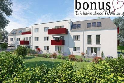 Großzügige 3-Zimmer DG-Wohnung ohne Dachschrägen mit sonnigem Balkon und 2 Parkplätzen.