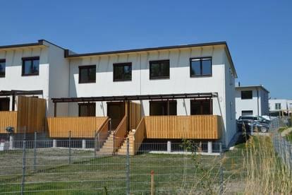 Perchtoldsdorf - Schlüsselfertige Neubaudoppelhaushälfte inkl. Keller ca.180 m² Nutzfläche (Terrasse, Garten, 1 PKW Außenstellplätze)