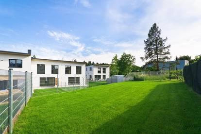 Rarität Perchtoldsdorf: Multifunktional nutzbares schlüsselfertiges Neubauobjekt mit 2 Wohneinheiten (190m² + 49m²) mit Keller, Terrasse, Garten, 3 PKW Außenstellplätzen