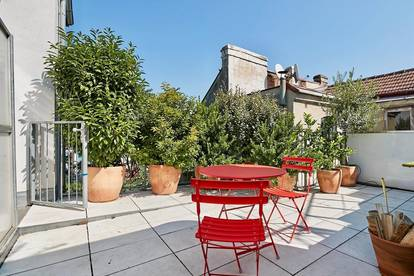 AKH-Nähe und Elterleinplatz! Sonnige 5-Zimmer-Architekten-Dachgeschoss-Wohnung mit Terrasse in Grünlage