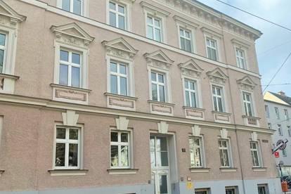 Wohnqualität   generalsanierter Altbau   möblierte 2,5 Zimmerwohnung