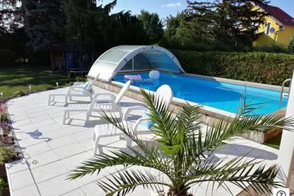 Nähe GRAMATNEUSIEDL - Neu renovierter Bungalow mit großen Garten und Pool