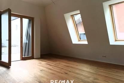 NEUBAU: 3-Zimmer-Dachgeschoßwohnung mit Balkon und Loggia im Zentrum der Silberstadt