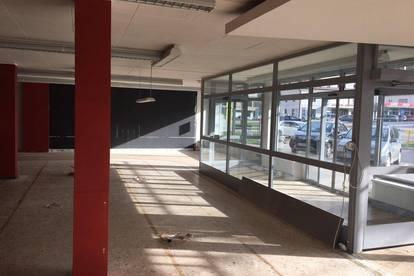 Geschäftslokal auch teilbar in Treibach-Althofen am Hauptplatz!