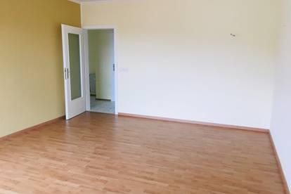 4 Zimmer | Industriestraße | Provisionsfrei | Lift