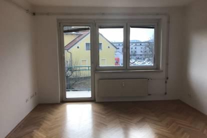 Provisionsfreier Pärchentraum mit Balkon und Loggia!