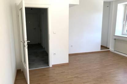 Erstbezug nach Teilsanierung - Provisionsfrei - 3-Zimmer