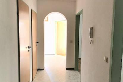Geräumige 4-Zimmer Familienwohnung in Ettendorf - PROVISIONSFREI
