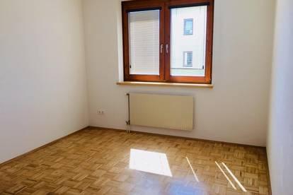2 Zimmer - Lobmingerstraße 14