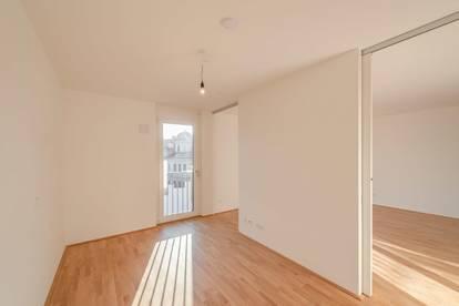 hochwertig ausgestattete, hofseitige Erstbezugswohnung mit Balkon in Zentrumsnähe - ideal für Singles!