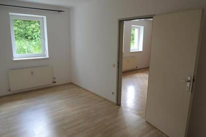 2 Zimmer Wohnung mit Parkplatz - Wohnbeihilfe möglich