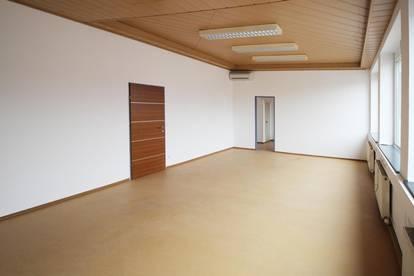 Helle Büroräume 50m²