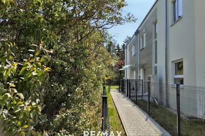Doppelhaushälfte bezugsfertig 15 km von Wien: Eigengarten, tolles Design, Niedrigenergie, 2 Autostellplätze