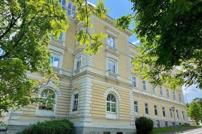 Gepflegte 2-Zimmer-Eigentumswohnung in einem mondänen Grand Hotel in A-2540 Bad Vöslau