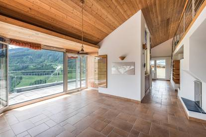 Penthouse mit Ausblick in sonniger ruhiger Lage