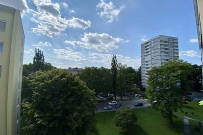 Großzügig sehr gut aufgeteilte 3-Zimmer-Familienwohnung mitten in Waltendorf