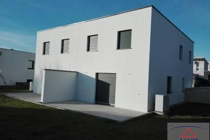 BUCHKIRCHEN: Wunderschönes neues Haus - gebaut für Ihre Familie!