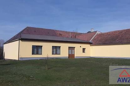 Vierkantbauernhof als Gewerbeobjekt - Gaststätte - Wohnungen!