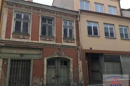 2 Stadthäuser - historisches Bürgerhaus & Geschäftshaus mit Top-Konzept & Förderung!