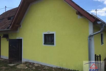 Günstiges Haus für Handwerker in sonniger Lage!