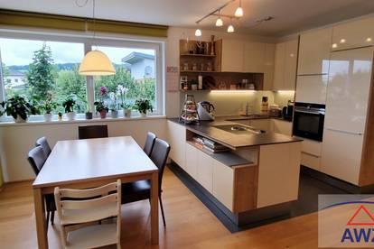Traumhafte ca. 90 m² Wohnung mit Balkon und 2 Kinderzimmer !